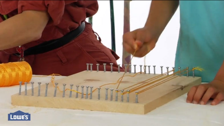 Click for a wood/screw loom you and your kids can make at  home.